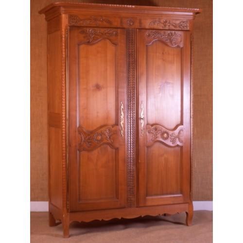 armoire picarde eglantine en merisier meubles de normandie. Black Bedroom Furniture Sets. Home Design Ideas