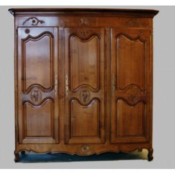 armoires 3 portes meubles de normandie. Black Bedroom Furniture Sets. Home Design Ideas