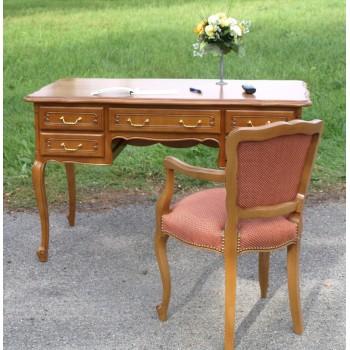 Bureaux de style louis xv r gence normand meubles de for Bureau louis 13 prix