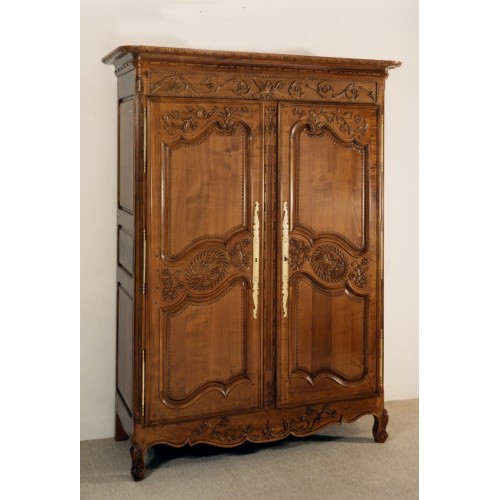 armoire normande mathilde en merisier meubles de normandie. Black Bedroom Furniture Sets. Home Design Ideas